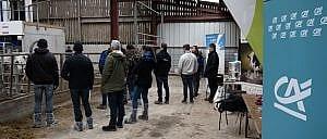 Ferme ouverte à Royon : promotion du nouveau robot de traite - Le Crédit Agricole Nord de France financeur du matériel